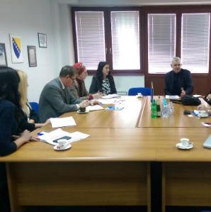 Dogovoreno je da FIPA intervenira u okviru svojih nadležnosti kod mjerodavnih institucija i tijela u slučajevima sporosti administracije.