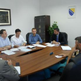 S obzirom da je Strategijom razvoja Kantona Sarajevo od 2016. do 2020. godine turizam definisan kao jedan od nosilaca razvoja našeg kantona, kao i zbog potrebe da se ova oblast što prije pravno uredi.