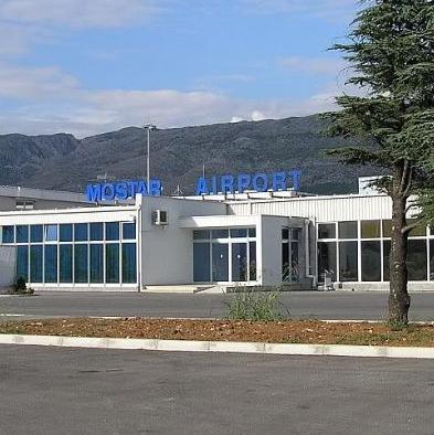 Turistički radnici Hercegovine kažu kako se ova zračna luka ne koristi na najoptimalniji način i traže nova ulaganja.