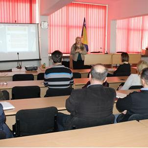 Ovim zakonom uređuje se finansijsko upravljanje i kontrola (FUK) u javnom sektoru u Federaciji Bosne i Hercegovine.