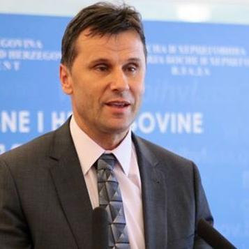U intervjuu Novalić je istaknuo da su BH Telecom i HT Eronet dobre bh. kompanije, imaju dobre promete i profite.