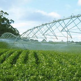U okviru mjera koje je Vlada Republike Srpske preduzela zbog vremenskih prilika koje ove godine nepovoljno utiču na agrarni sektor, u cjelini je obezbijeđeno 1,5 miliona KM za sisteme za navodnjavanje.
