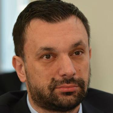Konaković kaže kako  su od inspekcijskih organa tražili sve moguće analize te da se ovim problemom sada bavi Tužilaštvo KS-a.