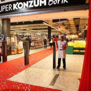 Prodavnica nudi više od 35.000 artikala i 5000 inovacija, a kupci će po prvi put u BiH koristiti pametna shopping kolica.