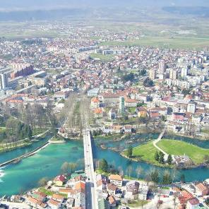Izgradnjom mosta  u naselju Brekovica bit će omogućen normalan saobraćaj prema jednoj od najvećih mjesnih zajednica u Bihaću.