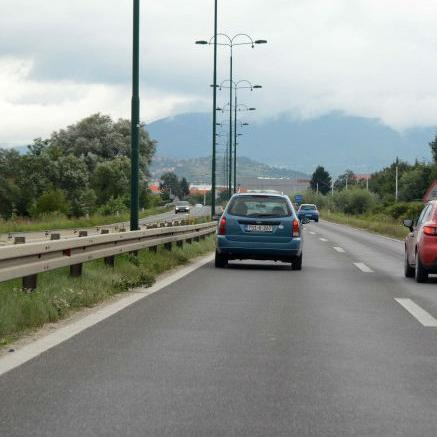 Dionica Lašva -Nević Polje duga je 25 kilometara i radi se o brzoj cesti s dva odvojena kolovoza.