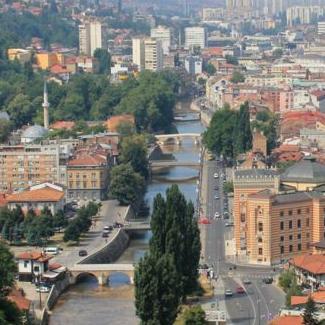 Kroz turističku zajednicu će se razvijati oblast turizma i ubirati taksa koja je javni prihod Kantona Sarajevo.