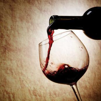 Na sajmu vinogradarstva i vinarstva, te berzi i izložbi vina svoje proizvode predstavlja oko 300 izlagača iz BiH, Hrvatske i drugih zemalja.