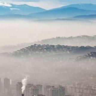 Stručnjaci tvrde kako je saobraćaj samo jedan od zagađivača koji učestvuje sa 10 posto zagađenja, dok ložišta prednjače.