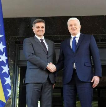 Predsjednik Vlade Crne Gore kazao je da je interes ove države da se ubrzaju integracijski procesi u regionu.