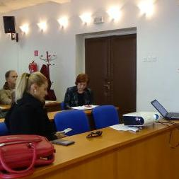 U sali Općinskog vijeća Sanski Most predstavnici Centra za promociju lokalnog razvoja PLOD Bihać i USAID GOLD projekta predstavili su grant programe podrške privrednim subjektima.