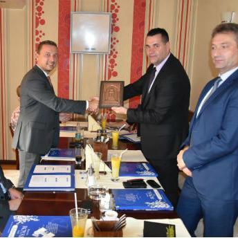 Premijer Gutić jeistaknuoda svako otvorenje nove poslovnice doprinosi raznovrsnosti i konkurentnosti ponude bankarskih usluga.