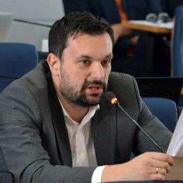 Direktori preduzeća su, svako iz svoje oblasti, Konakoviću predočili pozitivne pomake u svom poslovanju i najavili nove ideje i očekivanja.