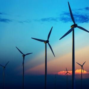 Ministarstvo privrede Unsko-sanskog kantona, putem Komisije za koncesije, raspisalo na osnovu Zakona o koncesijama i Odluci Vlade, Javni poziv za dodjelu koncesije za korištenje građevinskog zemljišta za građenje vjetroelektrana na području Grada Bihaća.