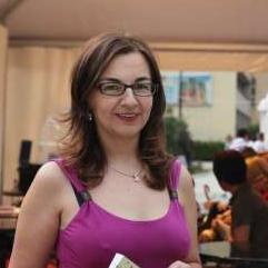 Magazin Gracija u saradnji s izdavačkom kućom Buybook poklanja pet knjiga Šeherzada u Sarajevu autorice Emire Larson.