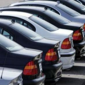 Vlada uvodi softver koji će pratiti korištenje službenih automobila