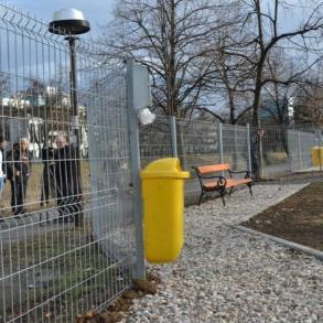 Park za kućne pse u ulici Aleja lipa na Grbavici prvi ove vrste u Kantonu Sarajevo.