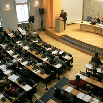 Kako je predviđeno, Zakon bi se trebao naći na sjednici Skupštine Kantona Sarajevo koja je planirana za kraj mjeseca jula.