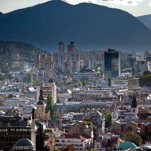 Kanton Sarajevo je u septembru 2015. godine posjetilo 41.395 turista, što je za 25,1 posto više u odnosu na septembar prošle godine.
