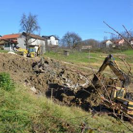 Na području općine Cazin, nakon prošlogodišnjih poplava, aktivirano je ukupno 210 klizišta, a na 59 njih su realizirane mjere privremene sanacije, kaže Said Mujić, šef Službe Civilne zaštite.