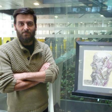 U prostoru Raiffeisen GALERIJE svoje radove je izložio umjetnik Nedim Šećeragić, student na Odsjeku za grafiku na Akademiji likovnih umjetnosti u Sarajevu.