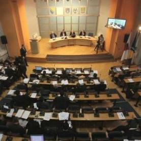 Skupština Kantona Sarajevo danas bi trebalo da razmatra Nacrt izmjena i dopuna budžeta KS-a za 2015. godinu koji iznosi 689.200.000 KM.