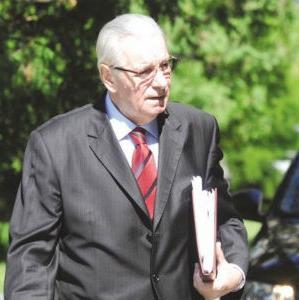 On je najavio da će, u saradnji sa opštinskom adminsitracijom, u narednom periodu biti riješen problem kišne kanalizacije u Modriči.