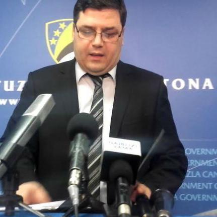 Vlada Tuzlanskog kantona usvojila je Informaciju o utrošku sredstava sa budžetske pozicije Intervencije javnim preduzećima i privrednim društvima.