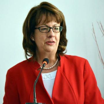 Američki Senat je imenovanje Cormack potvrdio u novembru 2014. godine i to jednoglasno.
