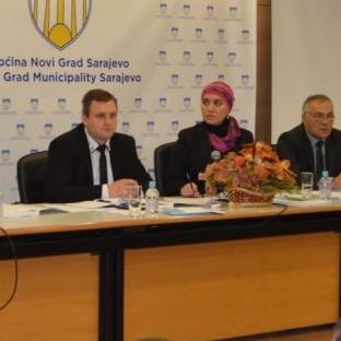 Općinsko vijeće Novi Grad Sarajevo od nadležnog Kantonalnog ministarstva zatražilo da se rekonstrukcija Doma zdravlja na Otoci završi do septembra.