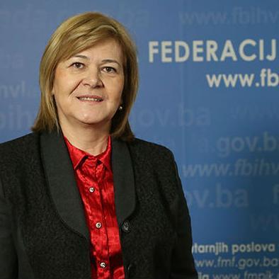 Međunarodni monetarni fond, Svjetska banka, investicijske banke su naši partneri, te kalkulacije koje su vezane za aranžmane s njima nisu istinite, izjavila je zamjenica federalnog premijera, ministrica finansija Jelka Milićević.