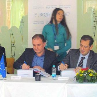 """Javna ustanova """"Vode Srpske"""" potpisala jeugovor vrijedan 9.378.000 eura sa konzorcijumom koji predvodi španska kompanija """"Oside""""."""
