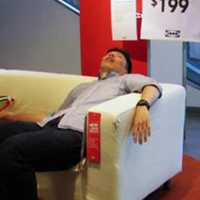 The Chinese are famous for sleeping in strange places, but the phenomenon is spreading in this country is sleeping in Ikea stores.