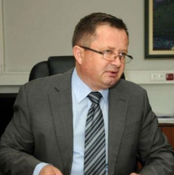 Najavio je da će nastaviti sa što boljim radom, usvajanjem novih standarda i procedura.