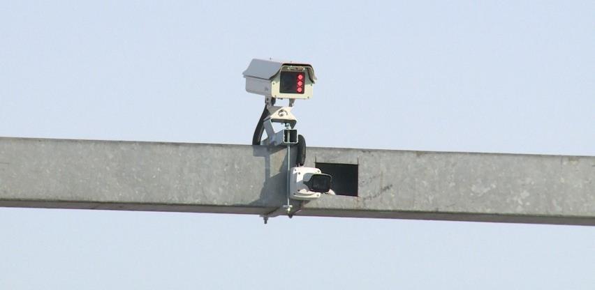 Da li je postavljanje kamera povećalo bezbjednost saobraćaja ili samo puni budžet?