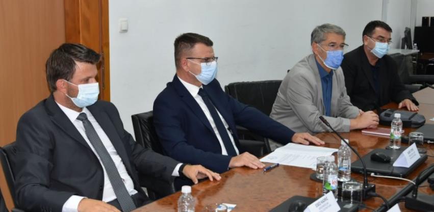 Tuzlanska inicijativa za putnu deblokadu dobiva širu podršku u Orašju i Brčkom