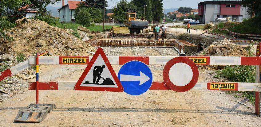 U toku radovi na izgradnji mosta u Monjarama u Visokom