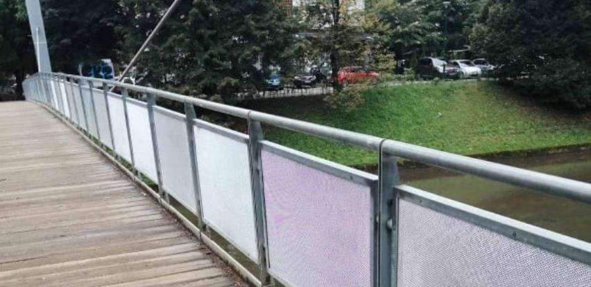 Završni radovi na pješačkim mostovima kod hotela Bristol i Ars Aevi