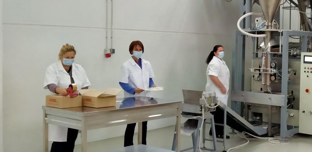 Firma iz Šamca počela proizvoditi novu vrstu hrane za pčele