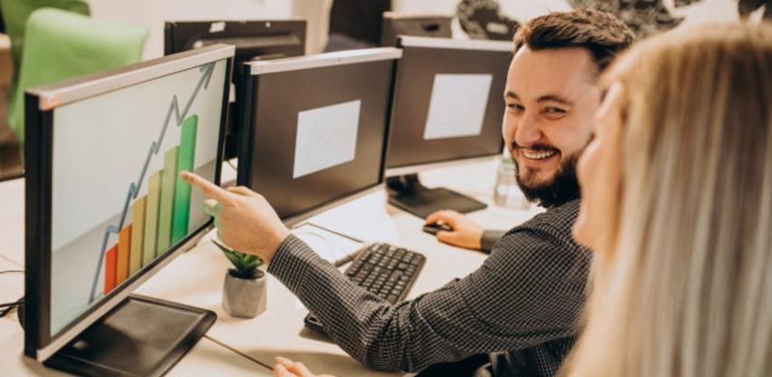 Istražite svoje mogućnosti: Zašto raditi u IT industriji?