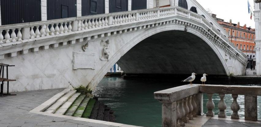 Kanali u Veneciji čistiji od kako je Italija u karantinu (Video)