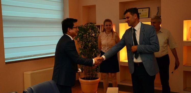 Kineski CRRC želi investirati u željeznice i puteve u BiH