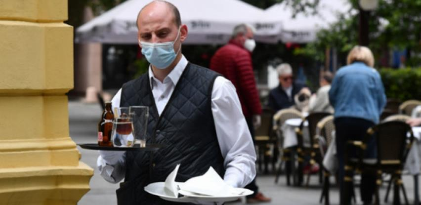 Ovo su pravila u kafićima: Pušenje cigareta u baštama neće biti dozvoljeno