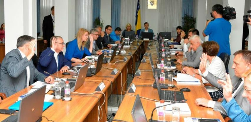 Vlada FBiH: Od ponedjeljka uobičajeno radno vrijeme