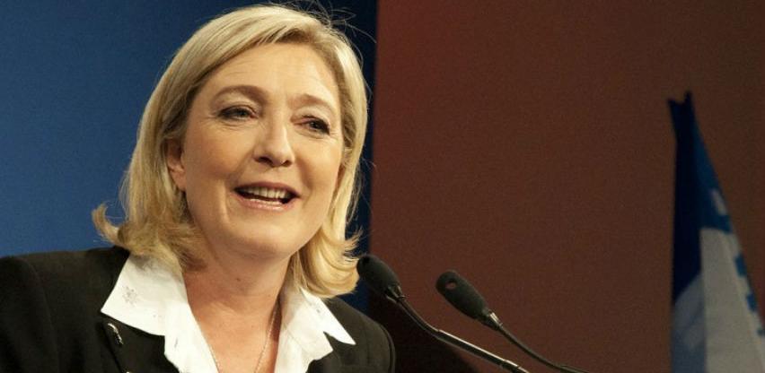 Le Pen: Brexit se mora desiti