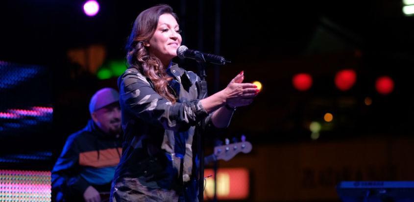 Novogradski dani 2018 - Nina Badrić održala koncert na Dobrinji