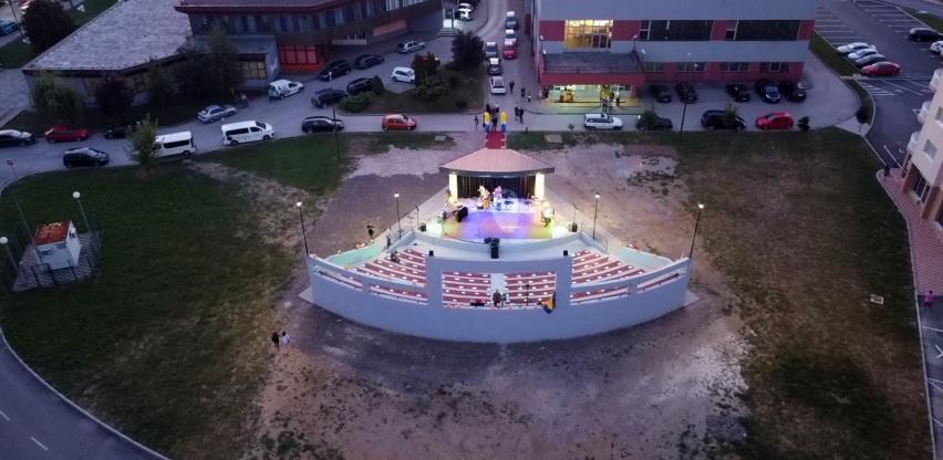 Završen projekt izgradnje Omladinske ljetne scene u Gradu Živinice