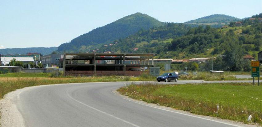 """Uskoro počinju radovi na izgradnji saobraćajnice kroz poslovnu zonu """"Ozrakovići"""""""