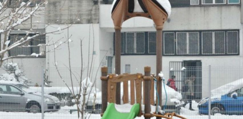 Dječija igrališta na području Novog Sarajeva dobila novu opremu