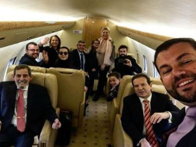 Srbijanski biznismen Karić sletio u Beograd, haos na aerodromu!